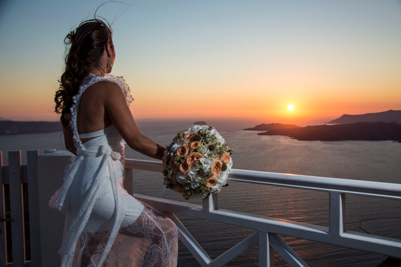 Alesandra  Ricardo Lov Weddings Santorini Packages 20
